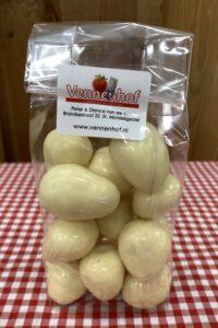 Vennenhof Aardbeien in witte chocolade
